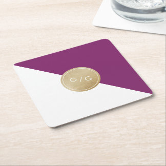 Monograma moderno minimalista púrpura del boda del posavaso cuadrado de cartón