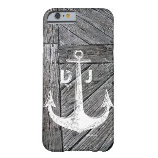 Monograma náutico del ancla de madera rústica del funda barely there iPhone 6