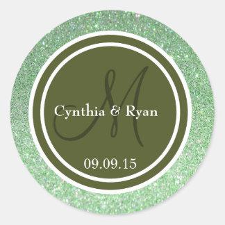 Monograma verde del boda del brillo y del verde pegatina redonda