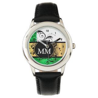 Monograma verde y negro en blanco reloj