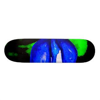 Monopatín 19,6 Cm labios azules de neón y pintura de aerosol verde