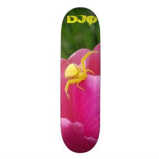 Monopatín 21,1 Cm Iniciales amarillas brillantes de la flor del rosa