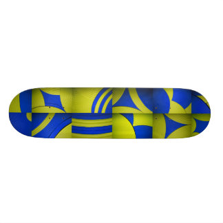 Monopatín amarillo y azul del caleidoscopio