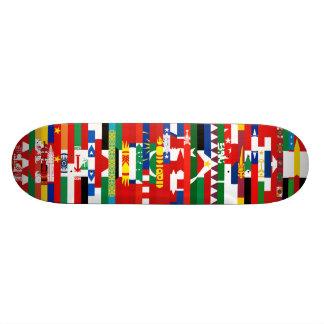 Monopatín asiático de las banderas