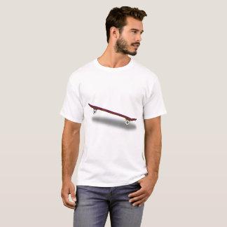 Monopatín básico de la camiseta
