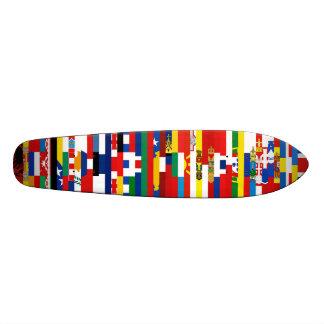 Monopatín europeo de las banderas