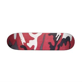Monopatín rojo de Camo mini
