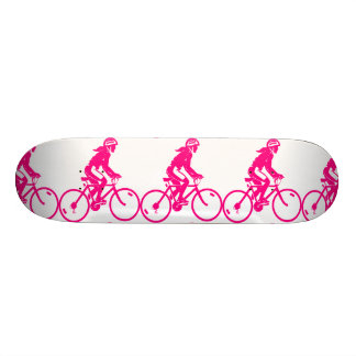 Monopatín rosado de la imagen del ciclo de los