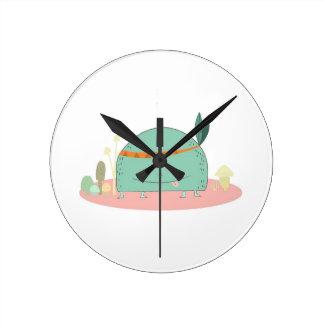 monstruo tribal de la seta del estilo reloj redondo mediano