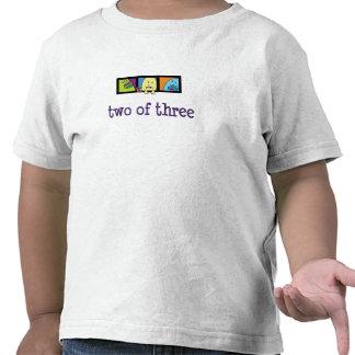 Monstruos dos del trío de la camiseta tres