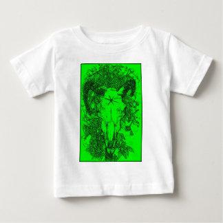 Montado picó bosquejo del lápiz en verde camiseta de bebé