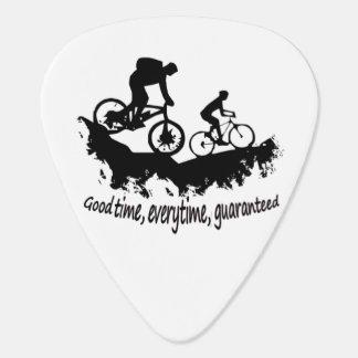 Montaña Biking cita inspirada del buen tiempo Púa De Guitarra