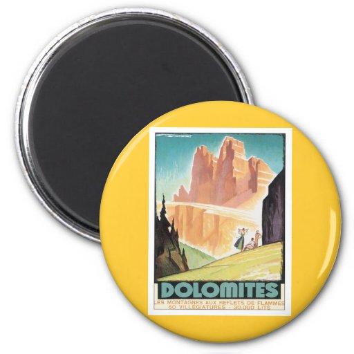 Montaña de las dolomías del vintage imanes