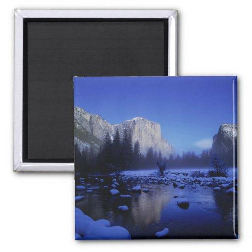 Montaña del EL Capitan, parque nacional de Yosemit Iman De Nevera