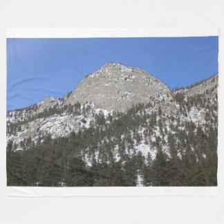 Montaña Nevado en manta del paño grueso y suave de