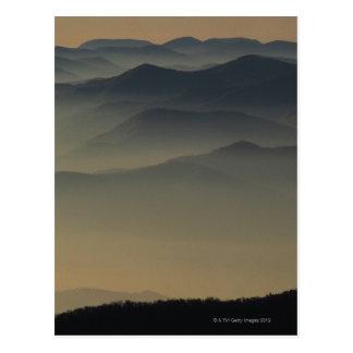 Montañas ahumadas postal