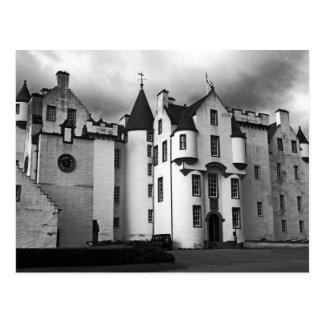 montañas de Escocia del castillo Postal