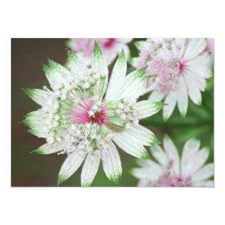 Montañas de la flor salvaje invitación 13,9 x 19,0 cm