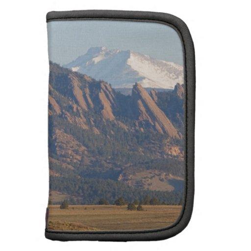 Montañas rocosas Flatirons de Colorado con la ense Organizador