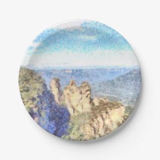 Montañas rugosas y hermosas plato de papel