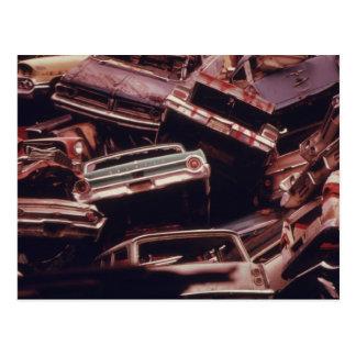 Montón viejo del pedazo del coche - vintage postal
