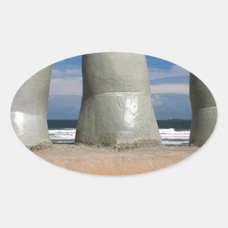 Monumento de los dedos pegatina ovalada