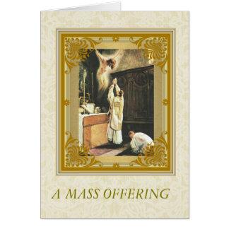 Monumento total católico con el sacerdote en el tarjeta pequeña