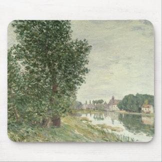 Moret-sur-Loing, 1892 (aceite en lona) Tapete De Ratón