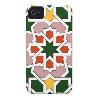 Mosaico 01 de geometría marroquí verde y rojo en iPhone 4 Case-Mate protectores