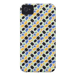 Mosaico 02 de geometría de arabesco en azul negro iPhone 4 cárcasa