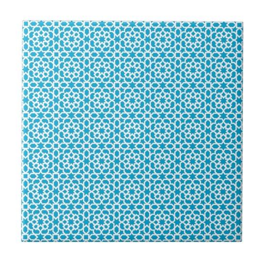 Mosaico geométrico de azulejo marroquí en azul