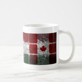 Motivos canadienses húngaros con los cubos taza de café