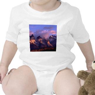 Mountain Cuernos Del Paine los Andes Chile Camiseta