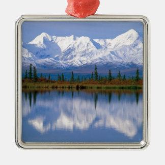 Mountians de Alaska Adorno Navideño Cuadrado De Metal