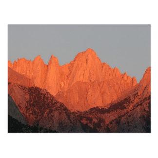 Mt. Whitney en el amanecer… Postal