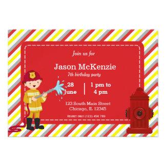 Muchacho del cumpleaños del bombero comunicados personales