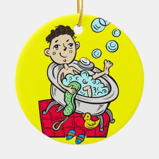 Muchacho que toma el baño ornatos