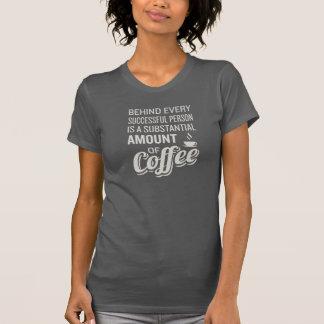 Muestra del café. Decoración del café. El decir Camiseta