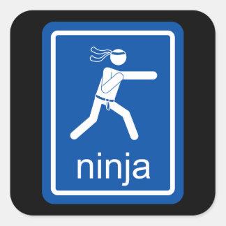 muestra del universal del ninja pegatina cuadrada