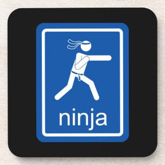 muestra del universal del ninja posavasos de bebida