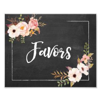 Muestra floral del boda de la pizarra rústica de impresiones fotograficas