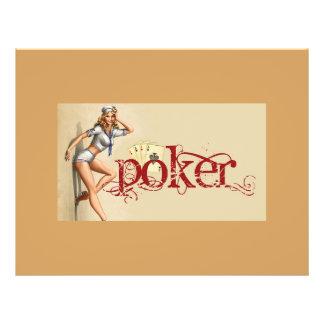 Mujer atractiva del póker flyer