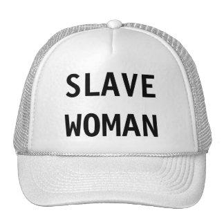Mujer auxiliar del gorra