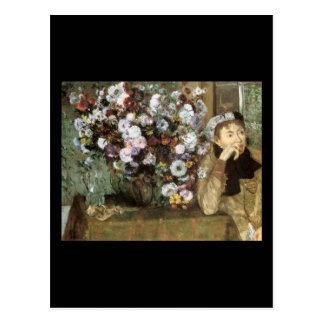 Mujer con el crisantemo postal