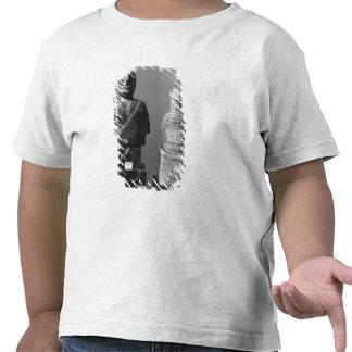 Mujer con el mantón camiseta