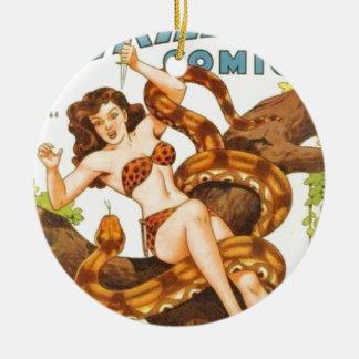 Mujer con una serpiente adorno navideño redondo de cerámica