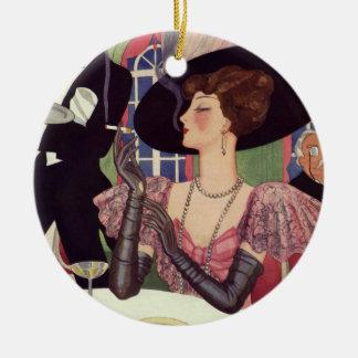 Mujer del vintage que bebe el cigarrillo que fuma ornamento de reyes magos