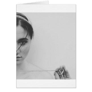 Mujer e hilado blancos y negros tarjeta de felicitación