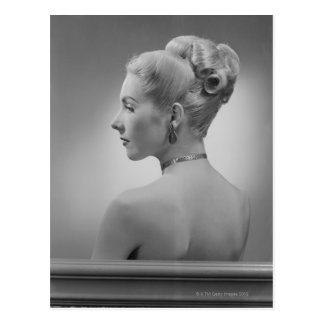 Mujer elegante postal