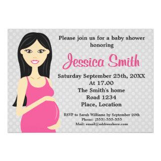 Mujer embarazada linda en fiesta de bienvenida al  anuncio personalizado